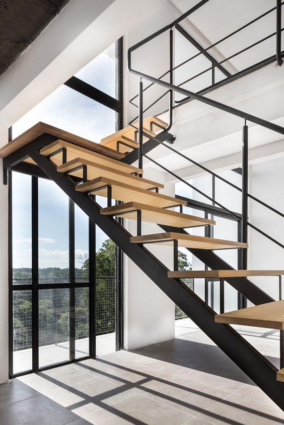 Escada G.060