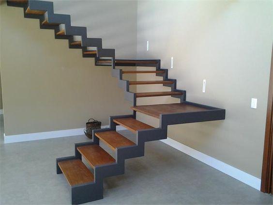 Escada G.066