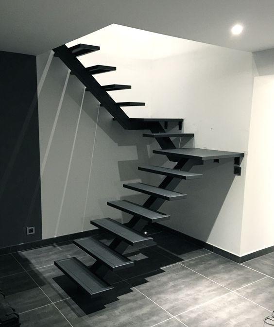 Escada G.067