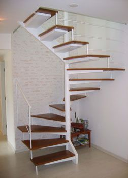 Escada Caracol - G.076